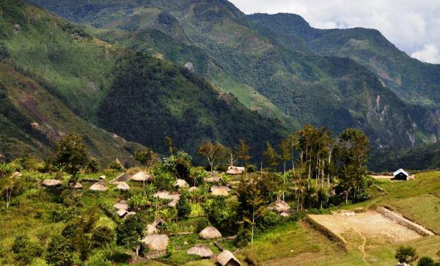 Tempat Wisata Papua - Lembah Baliem