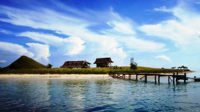 Tempat Wisata Banyuwangi - Pulau Tabuhan