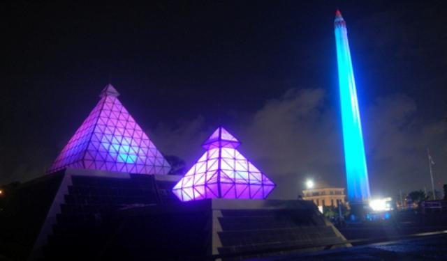 Tempat Wisata di Surabaya - Tugu Pahlawan