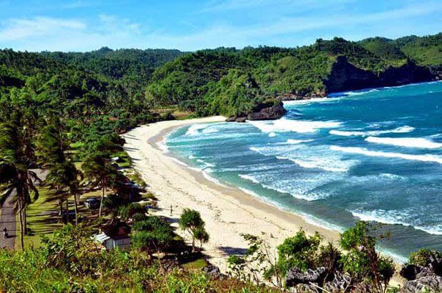 Tempat Wisata Di Pacitan - Pantai Teleng Ria