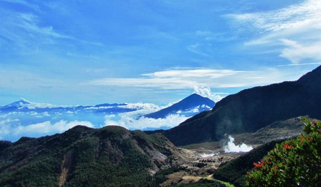 Wisata Garut - Gunung Papandayan