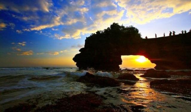 Wisata Di Lombok - Pantai Senggigi