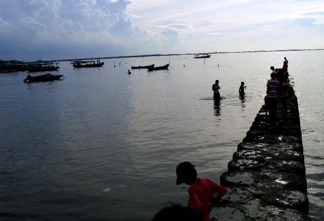 Wisata Tangerang - Pantai Tanjung Pasir
