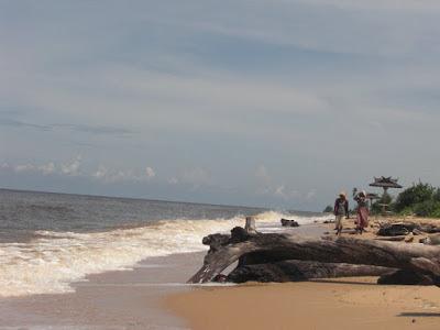 Pantai Ujung Pandaran -Tempat wisata di Palangkaraya