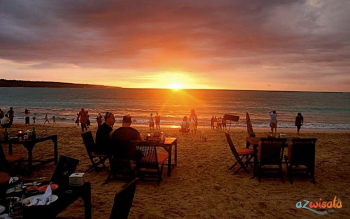 Tempat Wisata Pantai di Bali - Pantai Jimbaran